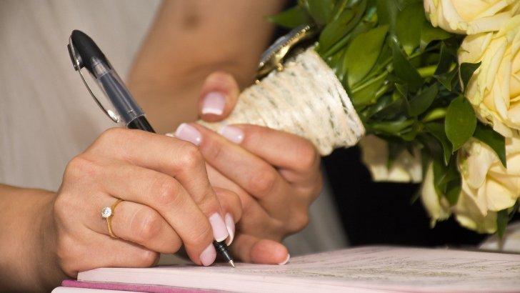 Tips to Enter Into Prenuptial Agreement