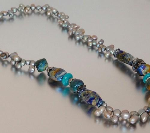 p-559-silver_pearls.jpg