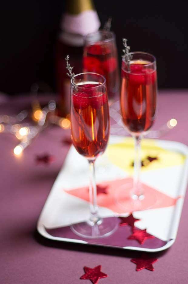 Cocktail champagne fruits rouges Recette Ptitchef