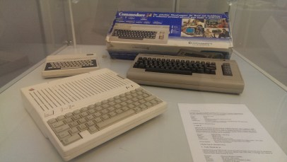 Commodore 64 - Apple IIc