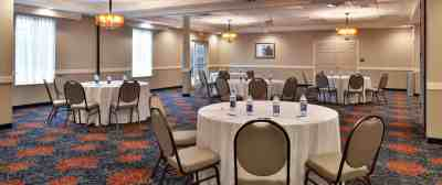 Appomattox Inn & Suites | Appomattox, VA 1