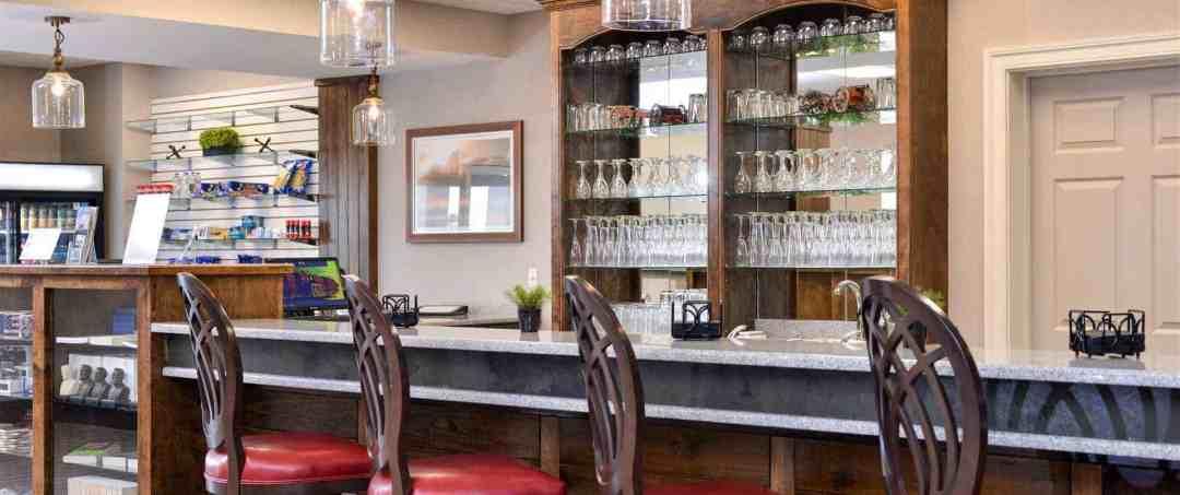 Appomattox Inn & Suites | Appomattox, VA 9