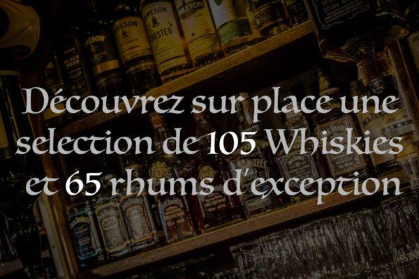 vitrine bar bouteille de rhum et whisky