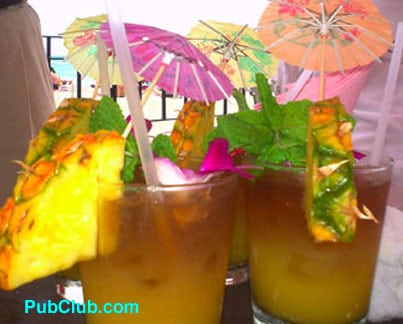 Royal Hawaiian Mai Tais Old School