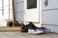 Free picture; several, pairs, shoes, front, door, door, matt