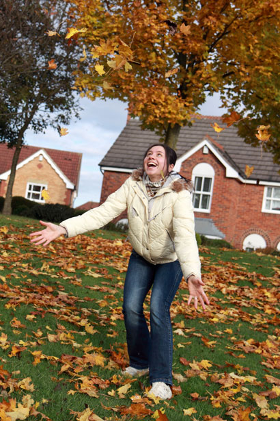 Images Of Fall Season Wallpaper Girl In Autumn Free Stock Photo Public Domain Pictures