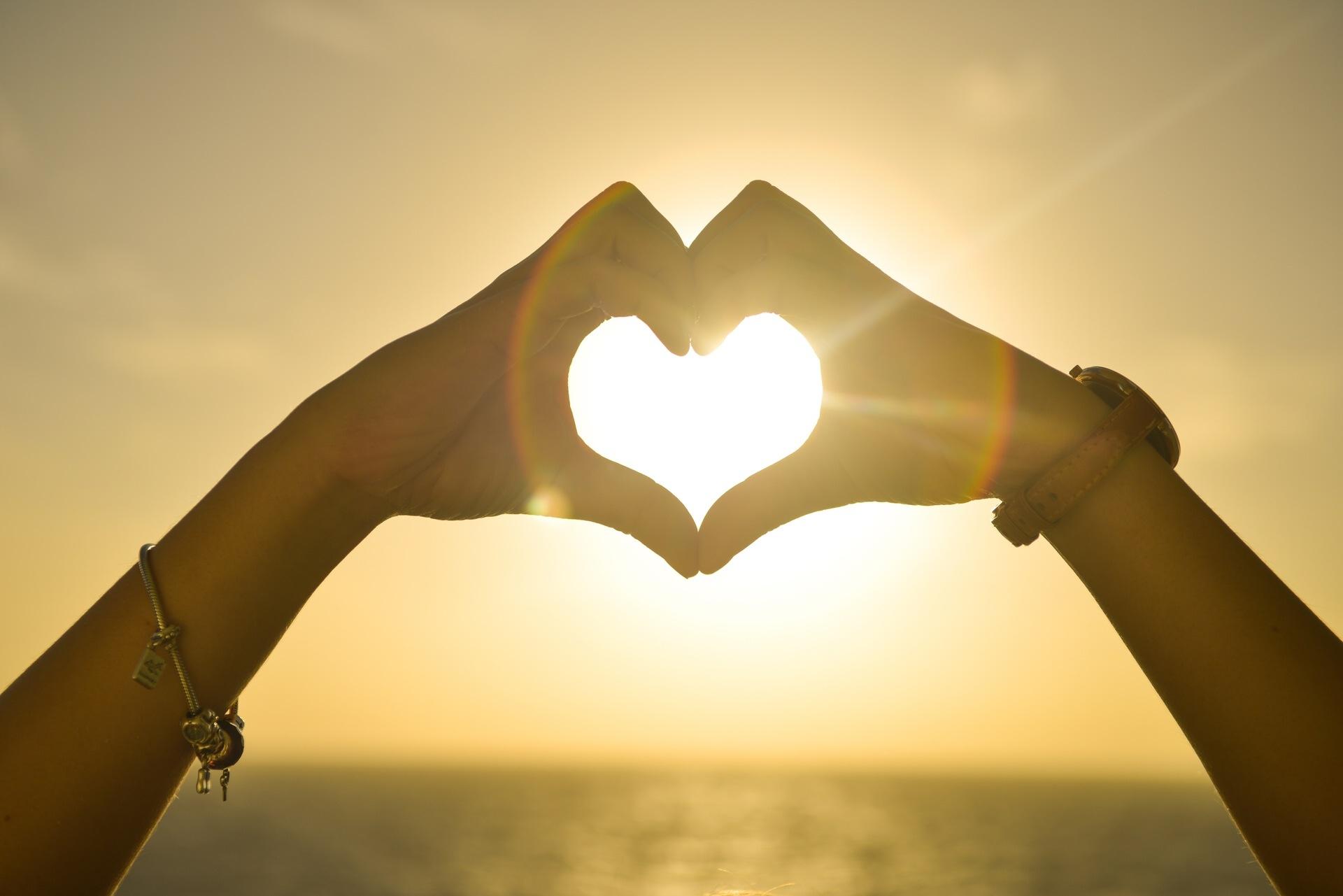 Coeur d'Amour et Coucher de Soleil