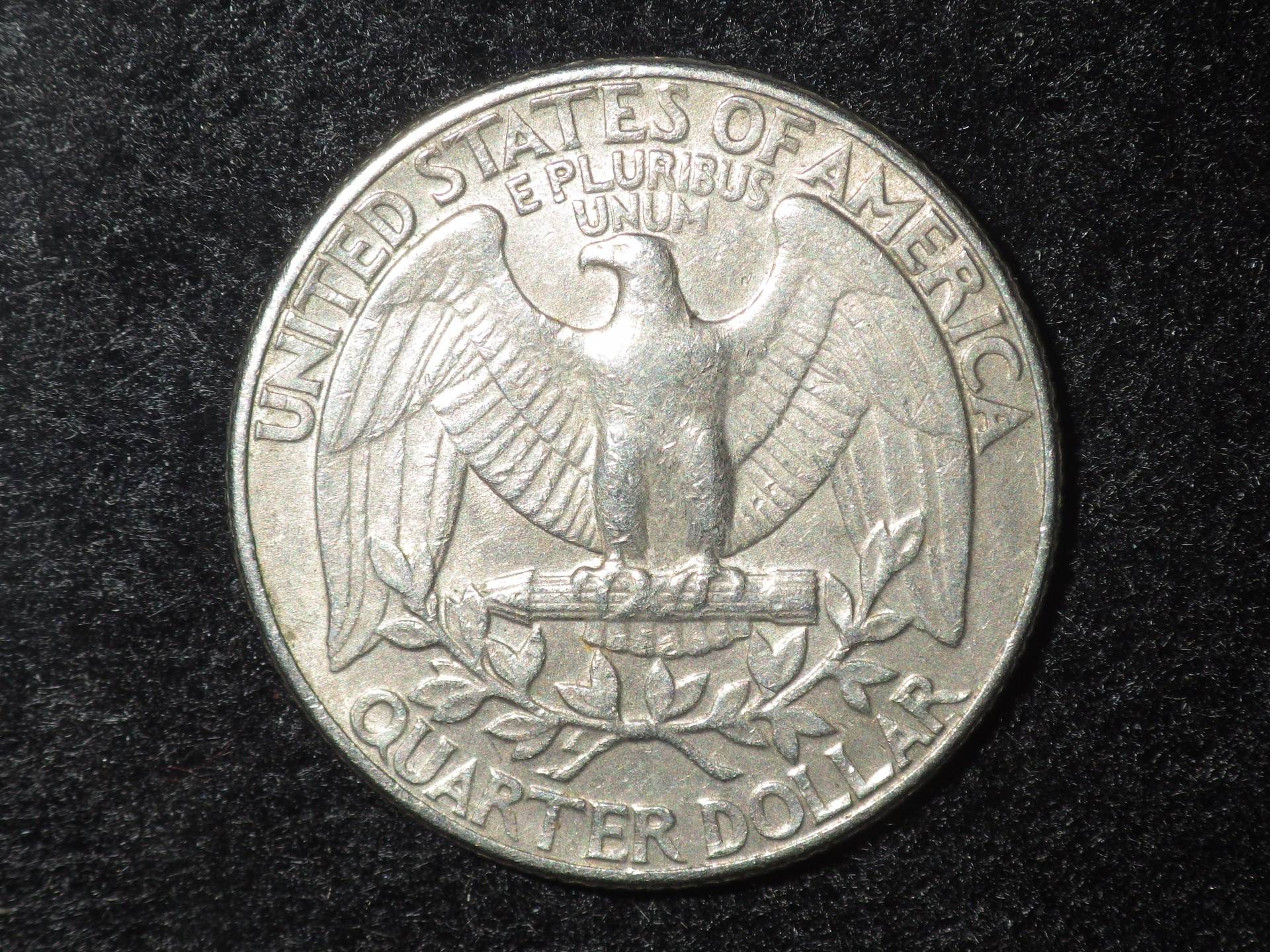 https://i0.wp.com/www.publicdomainpictures.net/pictures/180000/velka/quarter-dollar.jpg