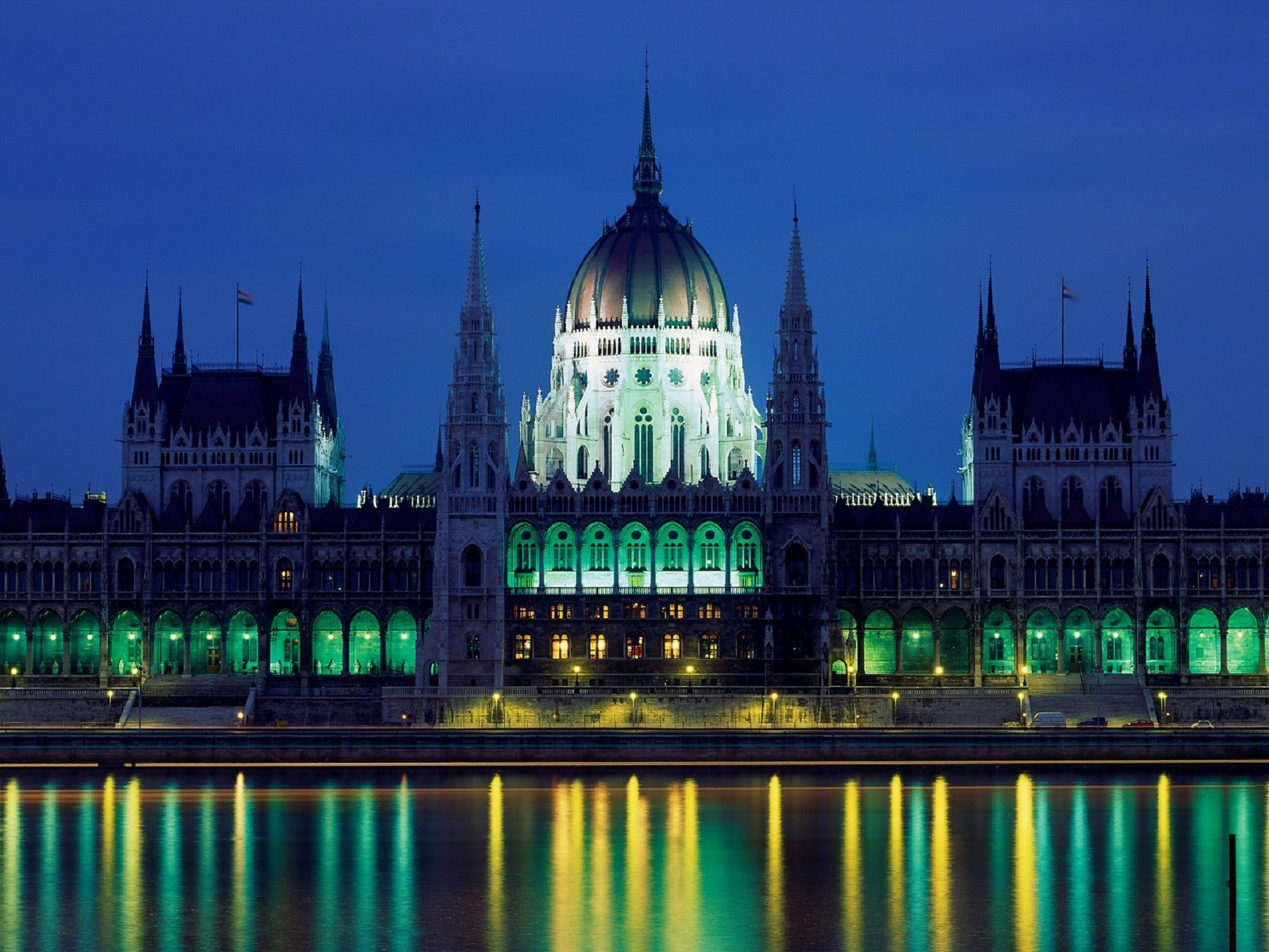 City Lights, Hungarian Parliament