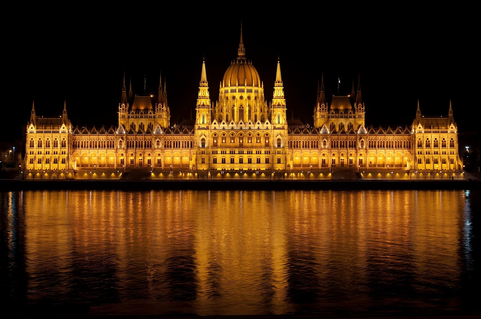 Parliament, City Lights, Night Reflections