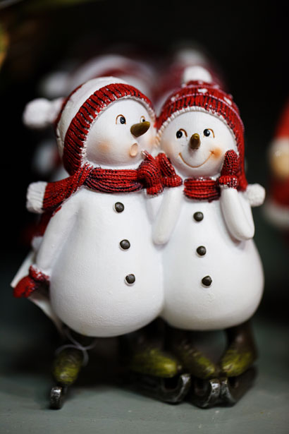 Winter Cute Wallpaper Two Snowmen Free Stock Photo Public Domain Pictures