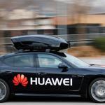 Un carro que se controla desde un celular con inteligencia artificial