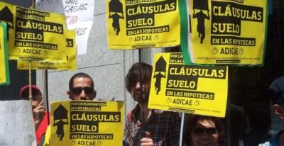 Una protesta contra las cláusulas suelo abusivas. -EFE