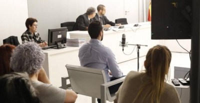 El rapero Miguel Arenas Beltrán, Valtonyc, durante el juicio. EFE