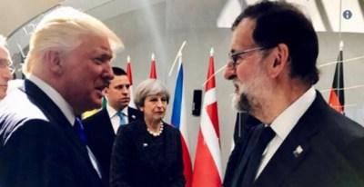 Rajoy, con Trump en la cumbre de la OTAN.