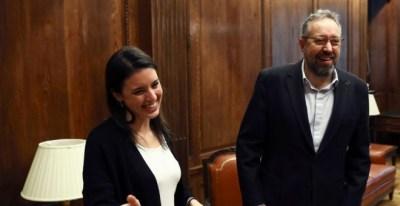 Irene Montero y Juan Carlos Girauta, esta mañana en el Congreso. EFE