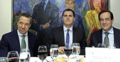 Eduardo Zaplana y José Bono, con Albert Rivera en el Club Siglo XXI | EFE /Archivo