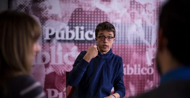 Íñigo Errejón en la redacción de 'Público', el viernes 3 de enero de 2017. JAIRO VARGAS