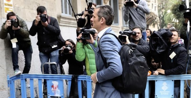 El marido de la infanta Cristina, Iñaki Urdangarin, llega a la Audiencia de Palma. - EFE