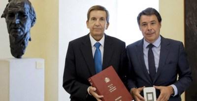 El fiscal Manuel Moix en una foto de archivo junto a Ignacio González / EFE