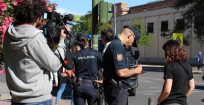 La Policía identifica a los asistentes al acto contra la 'ley mordaza' de Amnistia Internacional.- AMNISTÍA INTERNACIONAL