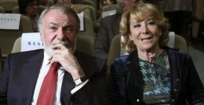 La presidenta del PP de Madrid, Esperanza Aguirre, junto al exministro del Interior y exeurodiputado del PP Jaime Mayor Oreja en una imagen de archivo / EFE