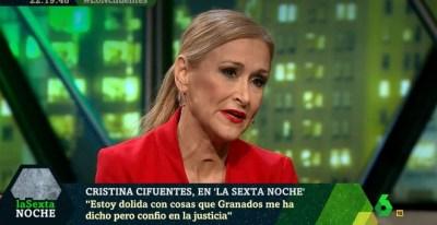Cristina Cifuentes, presidenta de la Comunidad de Madrid, durante su entrevista entrevista en el programa La Sexta Noche de este sábado.