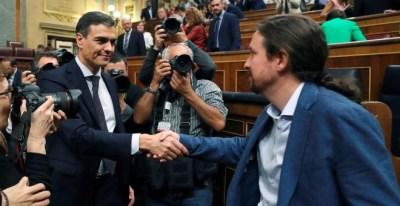 Pedro Sánchez e Pablo Iglesias el día de la moción de censura / EFE