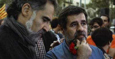Jordi Cuixart i Jordi Sànchez el 20 de setembre passat, en una imatge del documental '20-S'. / Mediapro.