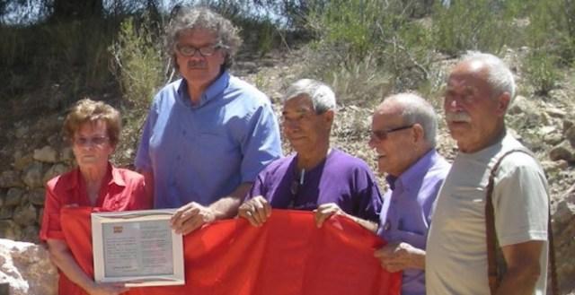 Sole, Joan Tardá y Quico, en una Asamblea de Archivo, Guerra y Exilio. / AGE