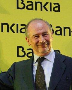 Rodrigo Rato toca la campana de la salida a bolsa de Bankia en julio de 2011. EFE