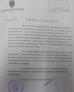 Cursos. España envía Guardia Civil y Policía a Argentina. Noviembre77
