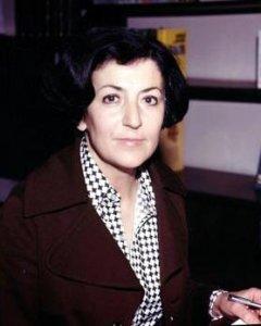 Türkân Akyol.