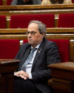 El presidente de la Generalitat de Catalunya, Quim Torra, durante una sesión plenaria en el Parlament. / EP
