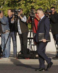 El ex consejero de la Comunidad de Madrid imputado en la causa Gürtel, Alberto López Viejo, a su llegada a la Audiencia en San Fernando de Henares. EFE/Mariscal