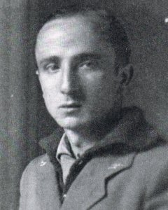 José Sampietro, maestro en la localidad pirenaica de Canfranc al comenzar la guerra civil, principal impulsores del batallón de maestros de UGT.