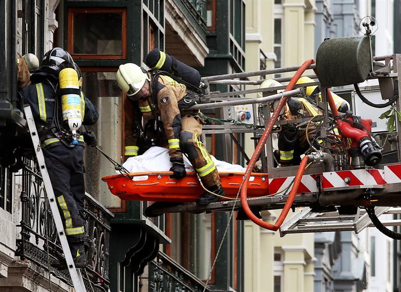 Resultado de imagen de bomberos al rescate