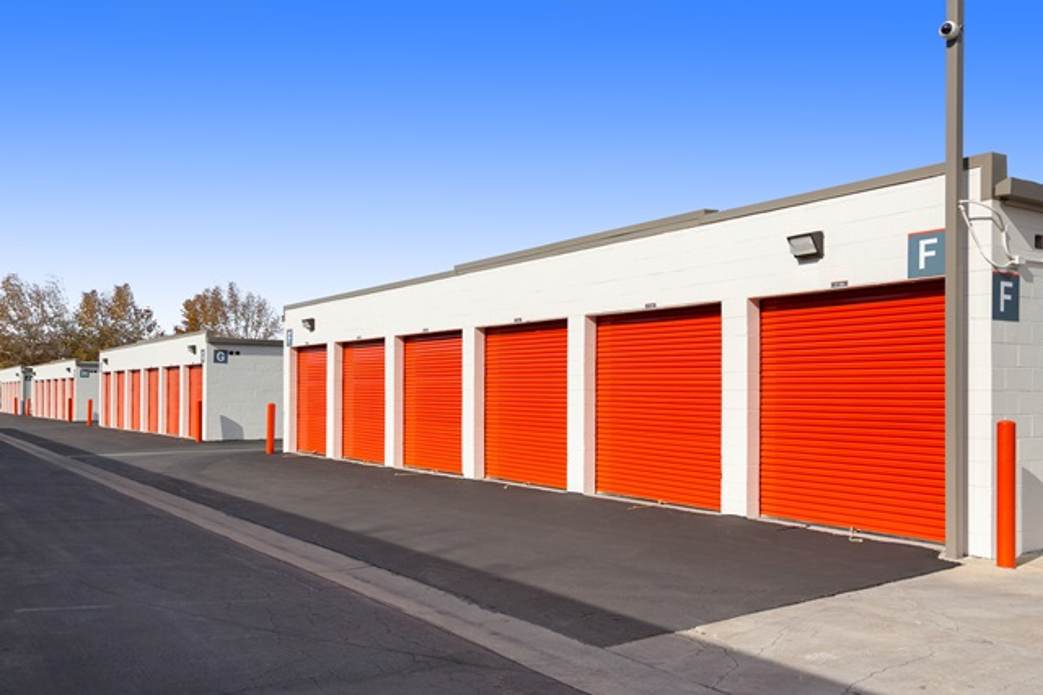 northridge ca self storage near 9341