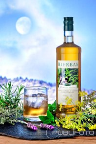Licor de hierbas de Ibiza