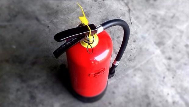 Legalizacja gaśnic – zadbaj o bezpieczeństwo w firmie