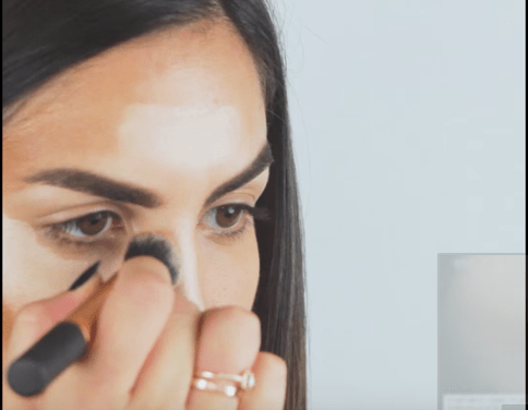 VIDEO: HOW TO CONTOUR LIKE A PRO