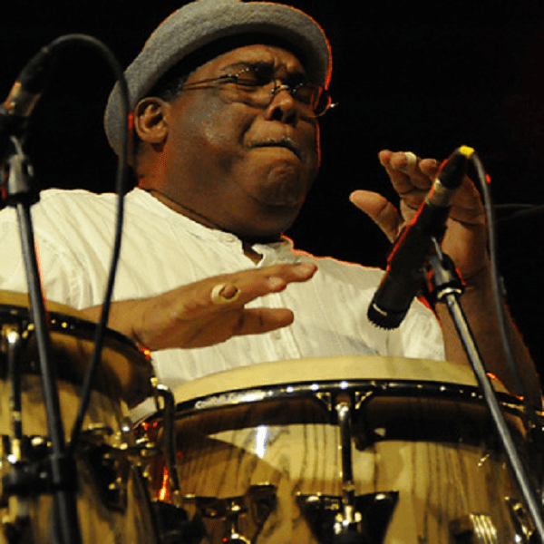 3 bonnes raisons de venir écouter Orlando Poleo, un percussionniste et musicien de Latin-Jazz, au Festival Pueblo Latino à Arvieu (Aveyron)