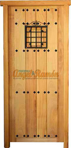 Modelo C33 Puerta rstica de madera exterior