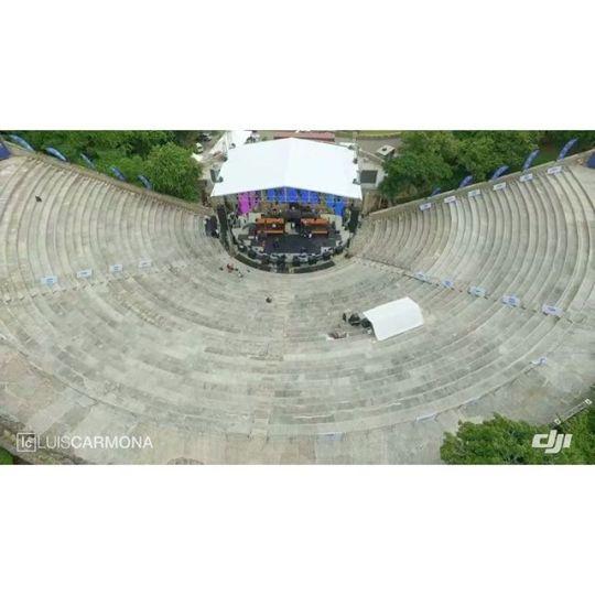 #tbt #altosdechavon #dji #inspire1 #rd #concert @djiglobal #shotwithadji @puertoricounder  @letusdotheworkforyou @luiscarmona #drone #dronies #vallenato #colombia #stage