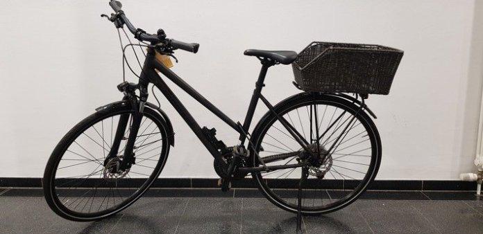LPI-EF: Festgenommener Fahrraddieb bedrohte Zeugen mit Pfefferspray