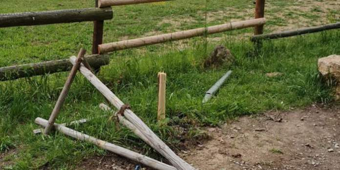 Vandalismus an der Fuchsfarm und im Steiger