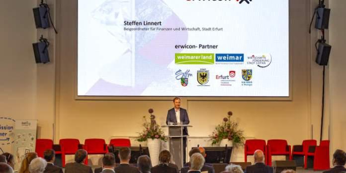 Erwicon im Steigerwaldstadion – ohne Ball und doch eine runde Sache