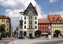 Fassade der Hauptbibliothek am Domplatz