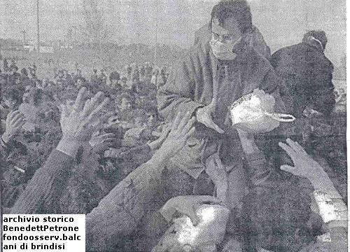 Marzo 1991, sbarco di albanesi nel porto di Brindisi