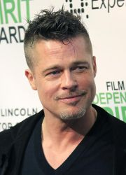 easy and trendy brad pitt hairstyle